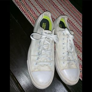Men's white converse size 10
